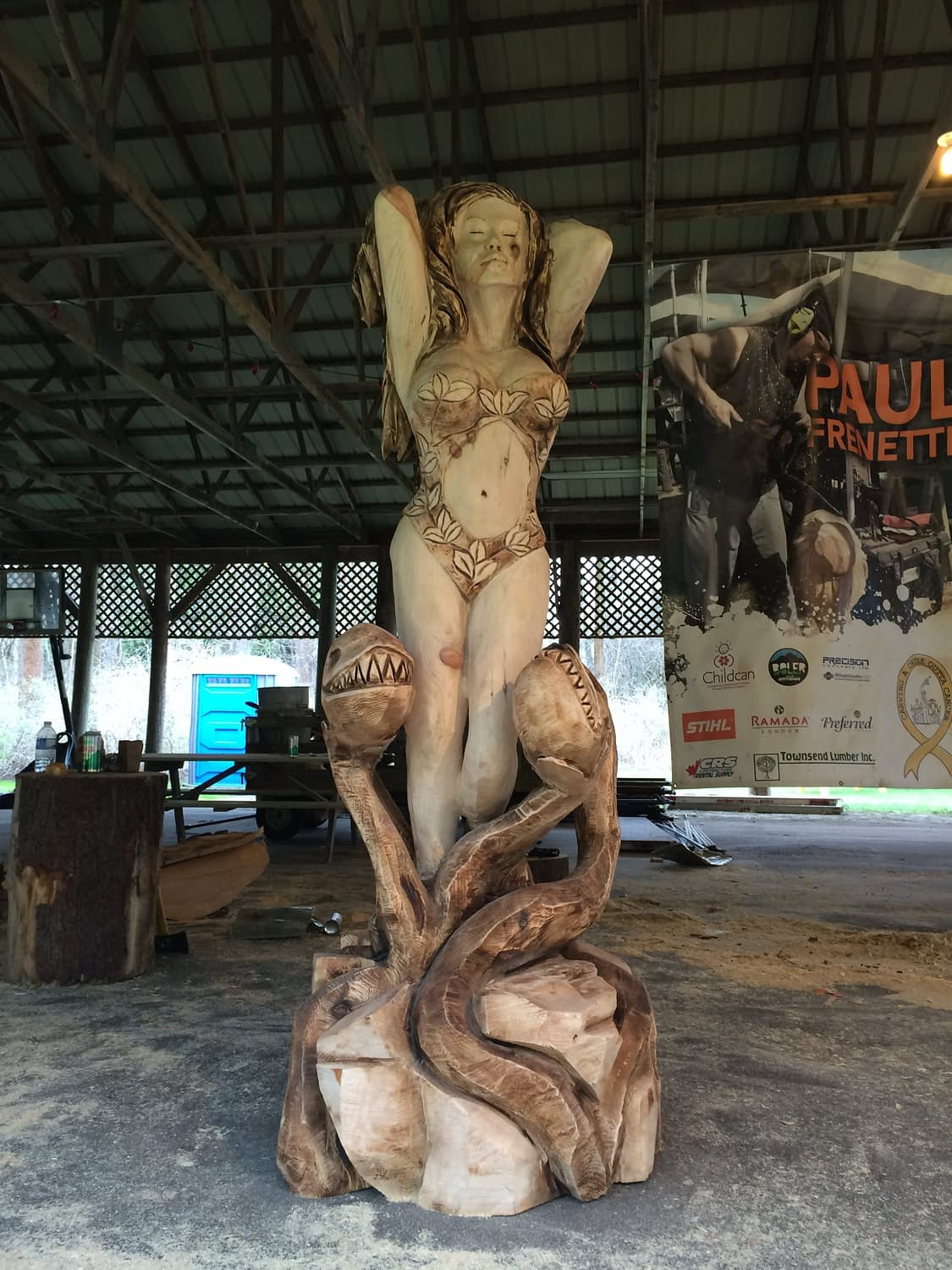 Carving, Poison Ivy, Girl